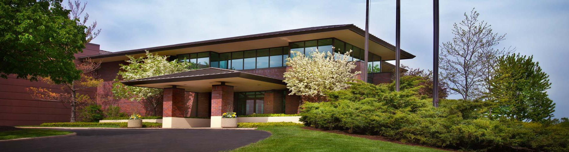 美国造纸机械公司的总部和生产基地位于美国密尔沃基, 威斯康辛州, 美国.